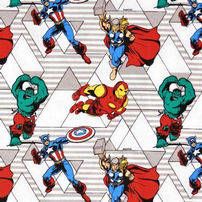 Tecido-Tricoline-Estampado-Colecao-Marvel-Vingadores-Retro-Fundo-Branco-Della-Aviamentos.